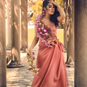 by Lay Sulaiman - People Fashion (  )