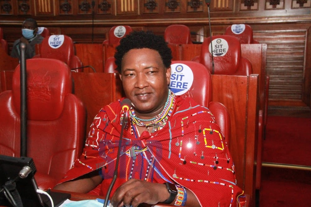 PHOTOS] Senators allowed to wear traditional attire to House, Lusaka rules