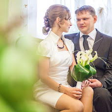 Wedding photographer Kristina Topinskaya (Topinskaya). Photo of 18.04.2015