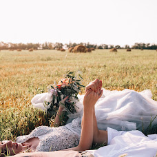 Wedding photographer Kristina Korotkova (Kirstan). Photo of 09.08.2017