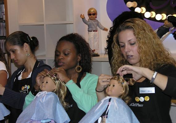Pettinare le bambole di salvy60