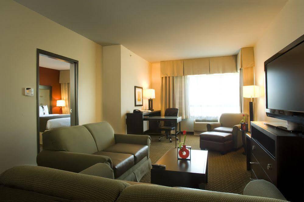 Holiday Inn DFW South