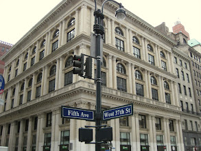 Photo: Fifth Avenue in New York