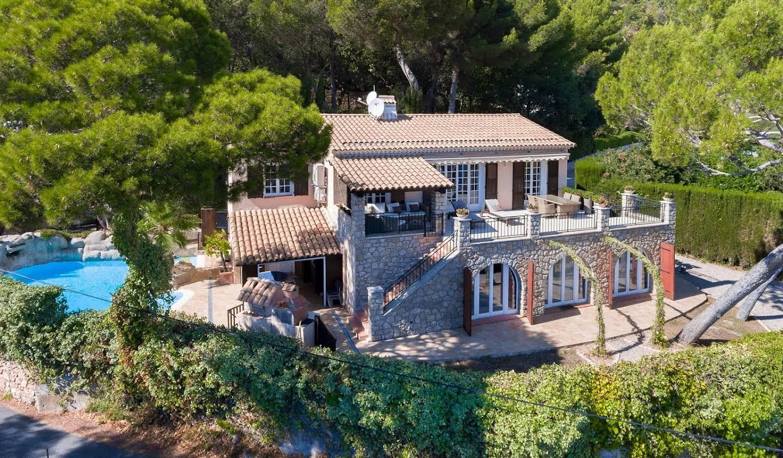 Villa avec piscine en bord de mer La Turbie