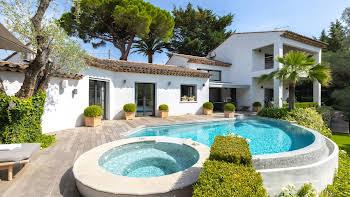 Villa 5 pièces 280,91 m2