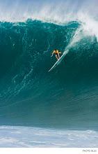 Photo: Mark Healey, Waimea Bay. Photo: Ellis #Surfer #SurferPhotos