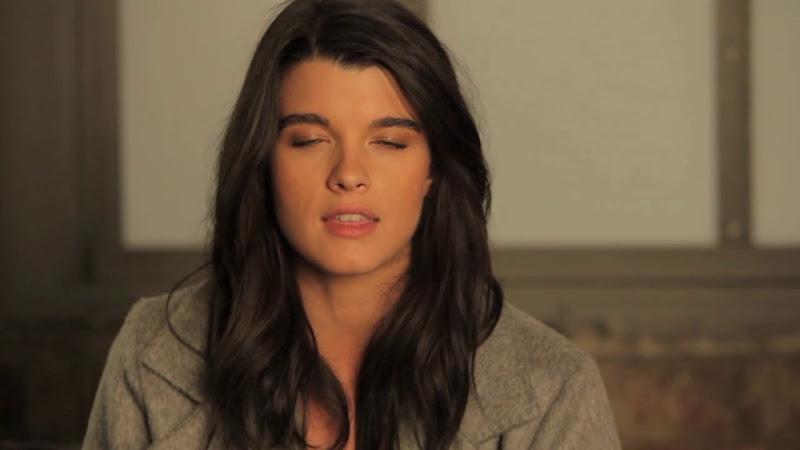 Video: MARINA RIMALDI  New Fall-Winter Campaign 2011  Starring Crystal Renn & Kate Dillon