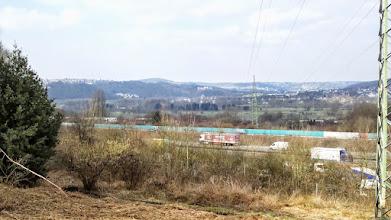 Photo: Das Ruhrtal zwischen Volmarstein und Wetter von oberhalb des Autobahnrastplatzes Funckenhausen aus gesehen.