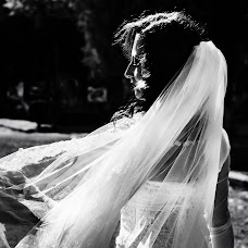 Wedding photographer Daniel Uta (danielu). Photo of 14.04.2018