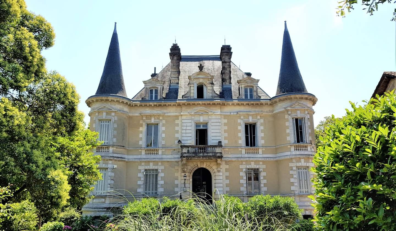 Castle Habas