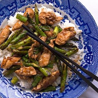 Stir-fried Chicken with Asparagus