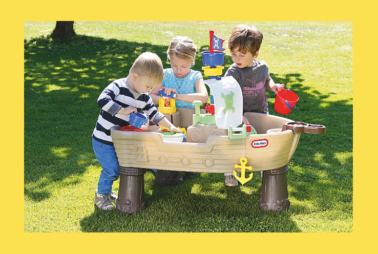 Keep them entertained this summer with our fun range of outdoor toys