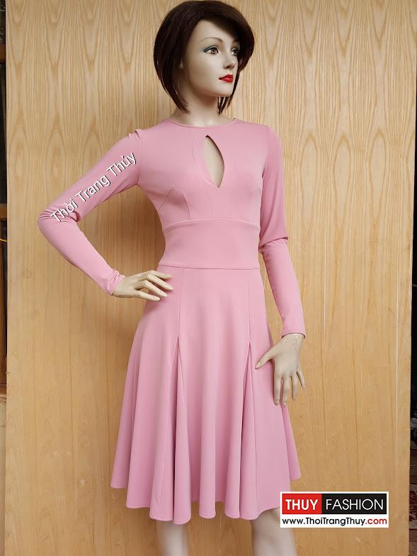 Váy xòe xếp ly sẻ giọt lệ và dài tay V433