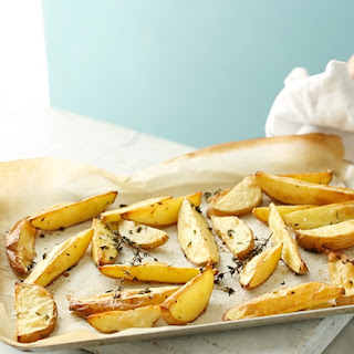 Oven-baked Potato Wedges