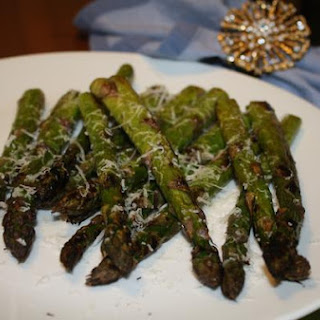 Easy Grilled Asparagus With Shaved Parmesan