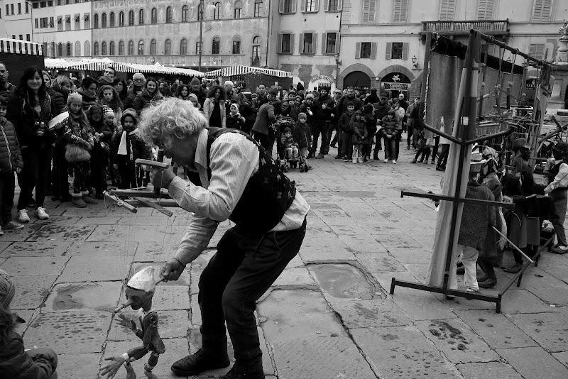 Marionette in piazza di Andrea F