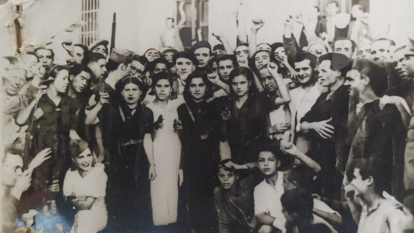 Foto histórica que muestra a un grupo de milicianas de Almería.