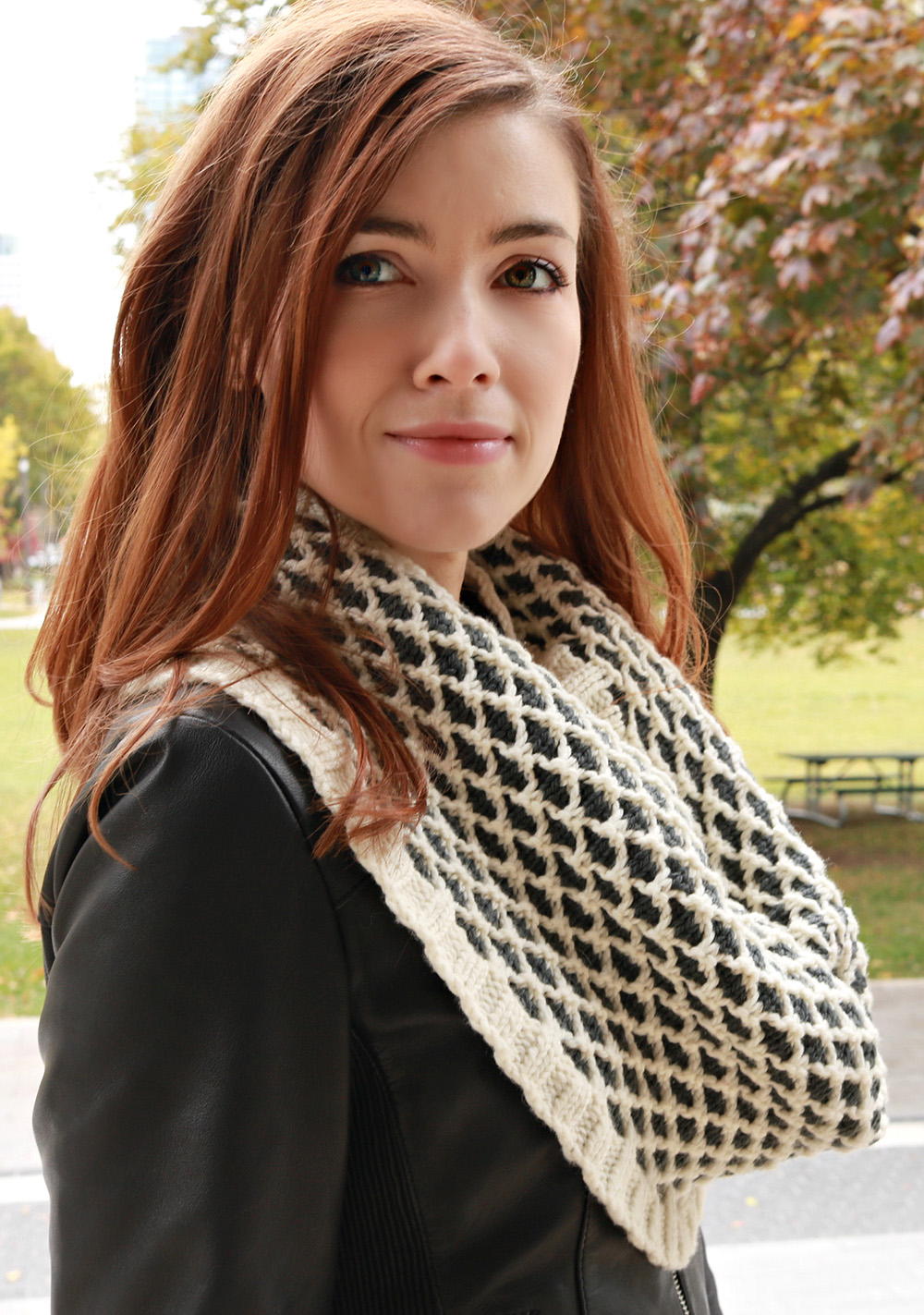 Eucalan Lattice Cowl Knitting Pattern