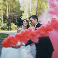 Wedding photographer Anton Dzobaev (AntonDzobaev). Photo of 18.11.2013