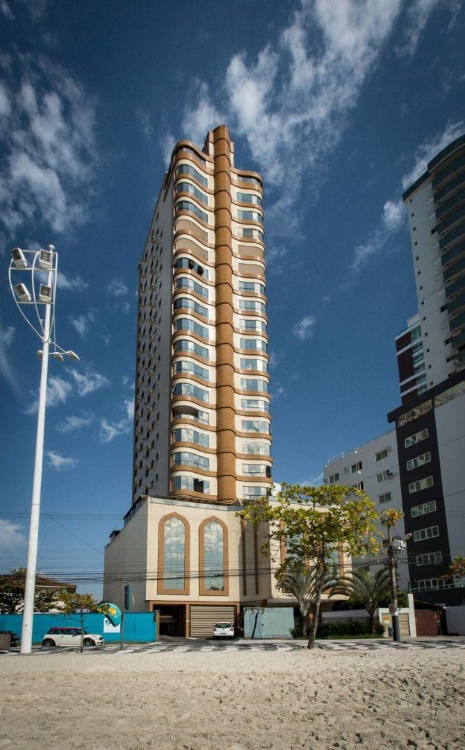 Apartamento Frente Mar no Edifício Vale Dourado com 3 dormitórios à venda por R$ 2.700.000 – Frente Mar – Balneário Camboriú/SC