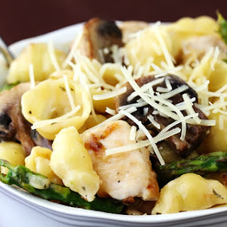 Pasta with Goat Cheese, Chicken, Asparagus & Mushrooms.