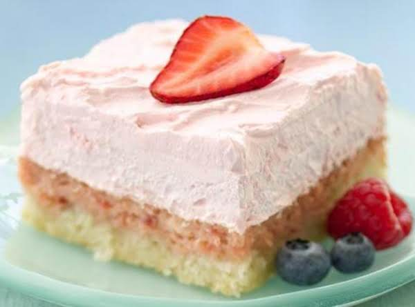 Diabetic-friendly Easy Strawberry Cream Cheese Squares
