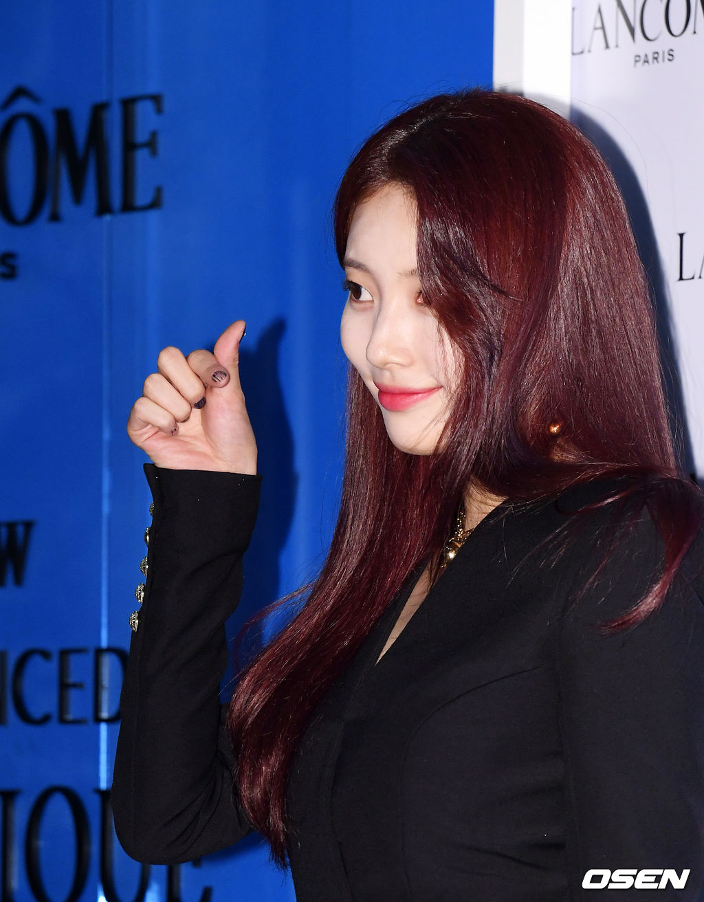 suzy red hair 2