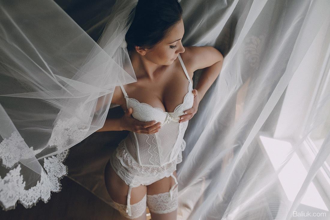 Фотографии голых молодоженов
