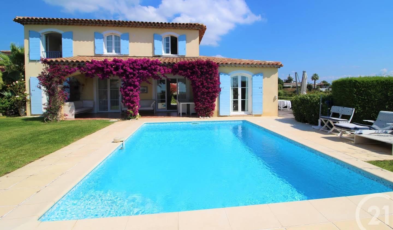 House Villeneuve-Loubet
