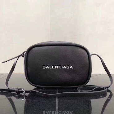 BLK BAL SIDE BAG