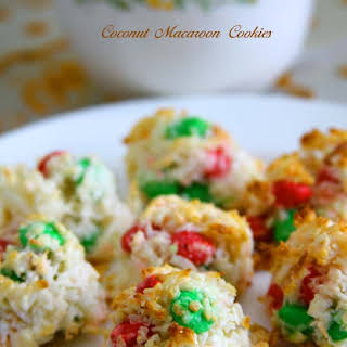 Coconut Macaroon Cookies.