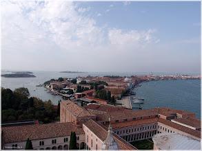 Photo: Isla de San Giorgio Maggiore e Isla de Guideca desde le campanario . Venecia. http://www.viajesenfamilia.it