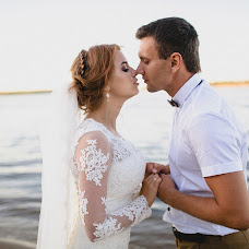 Wedding photographer Anna Donskova (livemoments). Photo of 25.04.2018