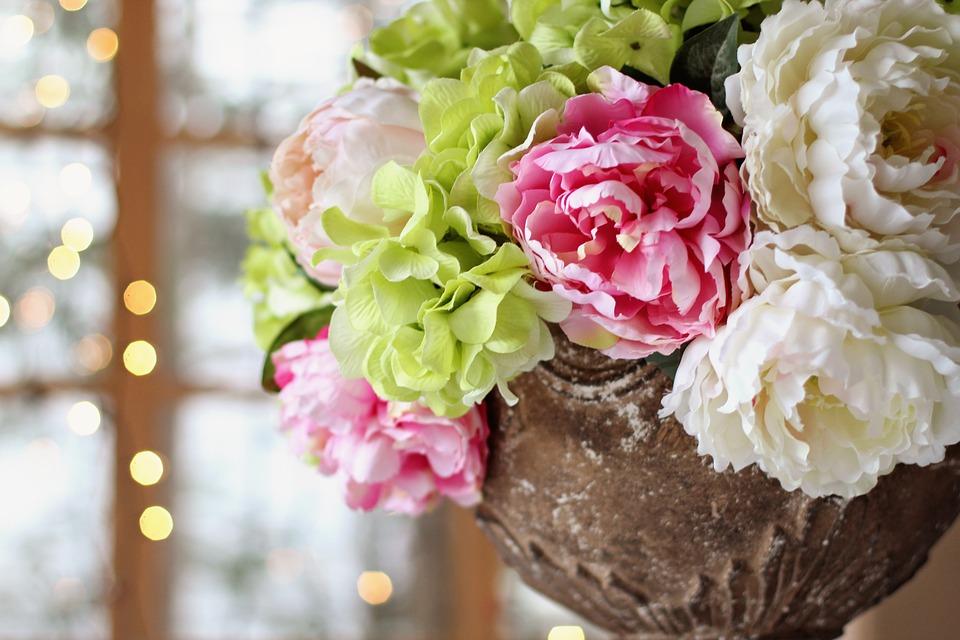Centros de mesa con flores para una decoración otoñal