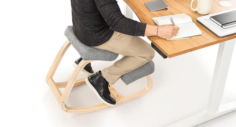 Пример кресла на коленях