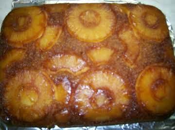 Pineapple upside down cake like Mama made