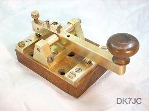 """Photo: Sehr alte Siemens-Taste mit lautlosen Kontakten (nach Siemens-Patent von 1871) ca. 1900  """"DL""""  #523"""