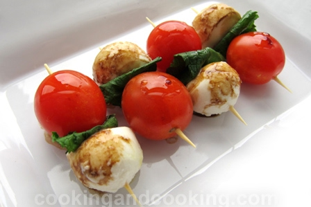 bocconcini and mint skewers submitted by cooking and cooking
