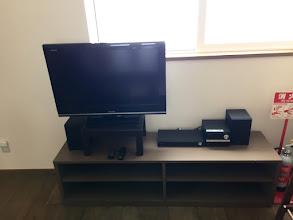 Photo: テレビもオーディオもあります。