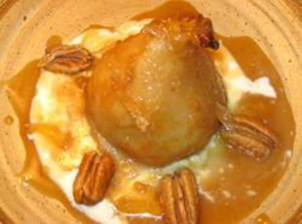 Baked Pears With Caramel Sauce