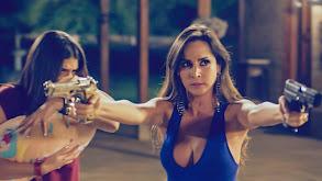Catalina amenaza al Titi thumbnail