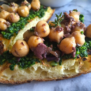 Chickpea Bruschetta with Kale Almond Pesto