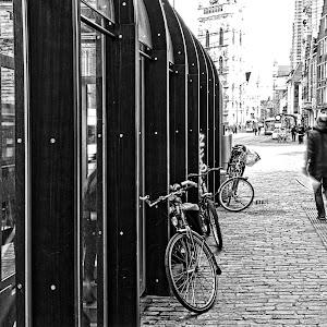 straatfotografie 239 zwart wit 2.jpg