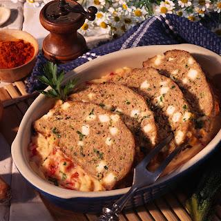 Faschierter Braten mit Zucchini und Paprikapüree
