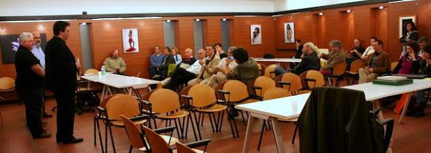 """Photo: i discorsi finali con la lettura degli Autori selezionati con gli ospiti """"superstiti"""""""