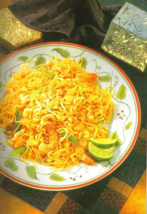 Pad Thai (thai Fried Noodles) Recipe