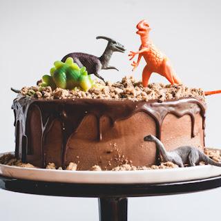 Chocolate Chips Ahoy Dinosaur Cake.