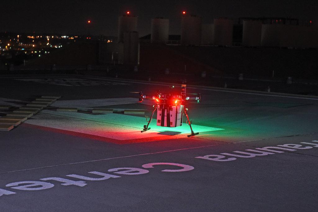 Drone delivers kidney. Organ delivery
