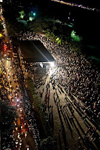 Photo: Condemning the coup, Supporters of at MDP Rally Artificial Beach. Photo: Hassan Rashydh