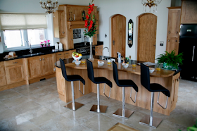Hand-Crafted & Fitted Kitchen In Oxfordshire